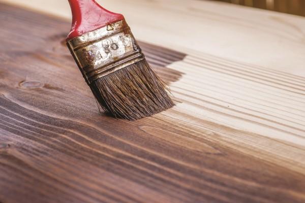 צבעי פוליזור לעץ ושמן דק | צילום: ביג'י פיינט