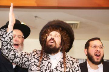 """אוהב ישראל • הכירו: האדמו""""ר ממעז'יבוז'"""