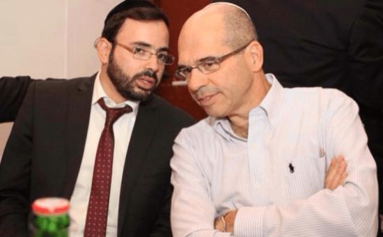 ראש העיר פתח תקווה איציק ברוורמן וסגנו אוריאל בוסו