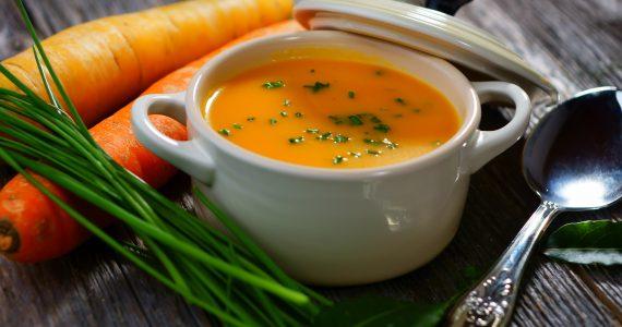 מרק כתום לחיזוק הגוף: טעים, מחמם ופשוט להכנה