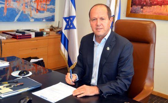 ברקת חותם על היתר הבניה להרחבת שגרירות ארהב בירושלים 2