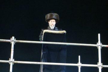 הילולא בקורונה: צפו ב'הדלקה' במירון