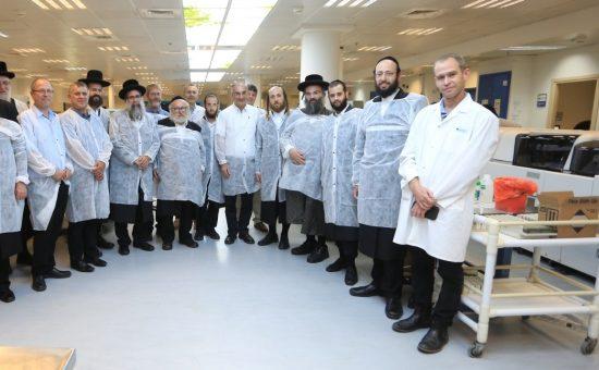 היועצים במעבדה (1)
