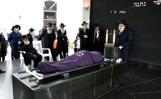 הלוויה בפתח תקוה, צילום קובי הר צבי (14)