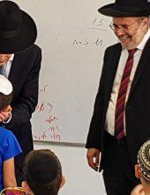 שבועיים נותרו: מקלב חורש את ישראל