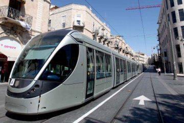 הצרפתים נגד הרכבת הקלה: פגיעה בזכויות אדם