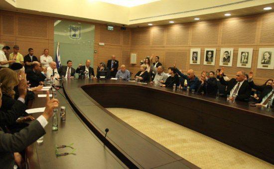דיונים בוועדה. צילום ארכיון - הכנסת