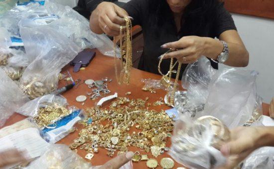 זהב ותכשיטים, צילום: אילסטורציה
