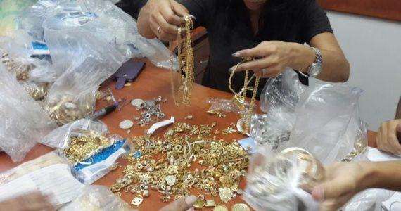 רמת גן: כייסו חנויות תכשיטים במתחם הבורסה, ונעצרו