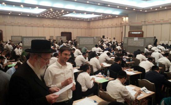 חכ ישראל אייכלר בסיור במבחני הרבנות הראשית