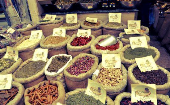 חנות תבלינים בשוק מחנה יהודה. צילום: אתר מחנה יהודה
