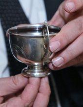 בחופת הנין: גביעו של הבבא סאלי