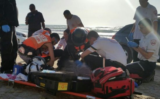 טביעה בחוף סירונית בנתניה - שלומי מרצ'ביאק תיעוד מבצעי מדא 25.5.16 (2)