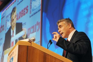 יאיר לפיד החל בקמפיין נגד נתניהו