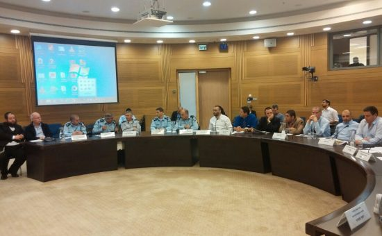 ישיבת הוועדה לפניות הציבור בדיון על ההכנות ללג בעומר (2)