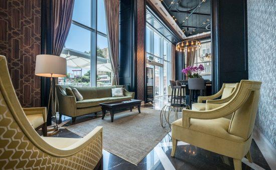 לובי מלון DAVID TOWER בנתניה | צילום: איתי סיקולסקי