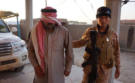 לוחם דאעש נלקח בשבי