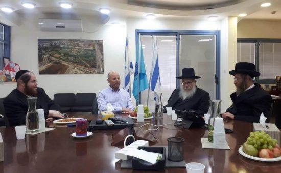 ליצמן וטסלר עם ראש עיריית עפולה