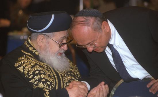 """יעקב נאמן ומרן הגר""""ע"""