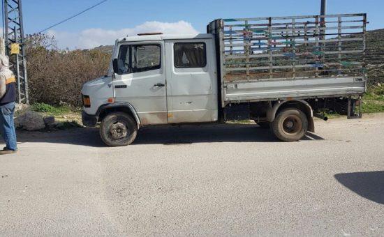נהג במשאית ללא רשיון