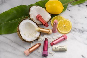 חדש לקיץ: סדרת שפתוני לחות מזינים עם נגיעת צבע