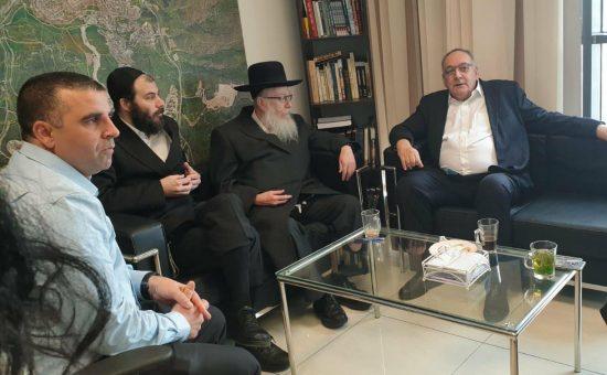 מנכל הדסה הפרופ זאב רוטשטיין ושר הבריאות יעקב ליצמנן