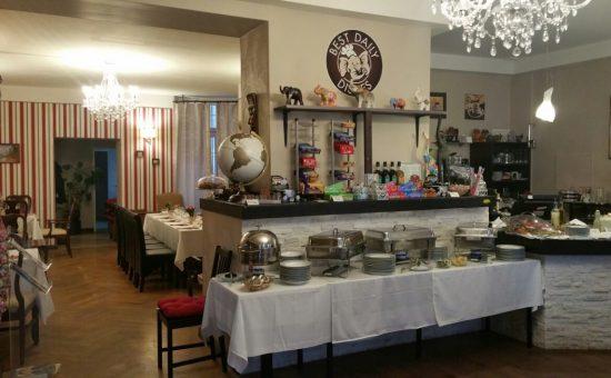 תמונת אחת המסעדות. צילום: יבגני בורט וולדימיר מאלינקי