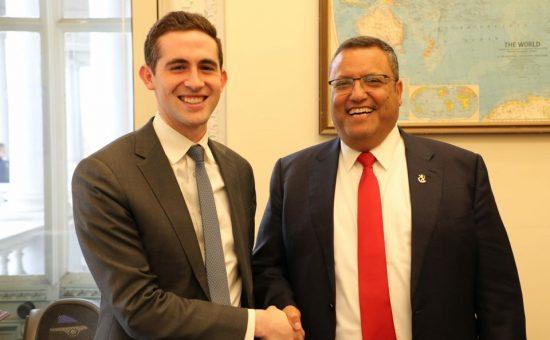 עם השליח האמריקאי ברקוביץ'. צילום: מתוך הטוויטר של ליאון