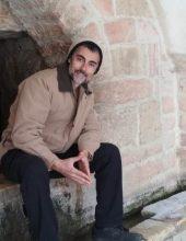 """המחנך שמזמר צלצולי ההפסקות: מרדכי מאיר – """"מודה"""""""
