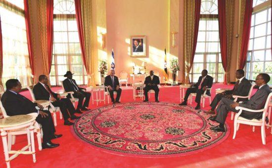 נתניהו עם ראשי מדינות אפריקה בביקורו באוגנדה   צילום: קובי גדעון לע''מ
