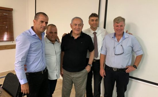 נתניהו עם ראשי רשויות דרום עם ראש הממשלה, צילום מועצת מרחבים 3.7.19.
