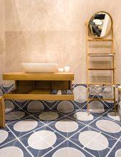 עבודת יד: מוצרי פרימיום לחדר הרחצה מעץ מלא