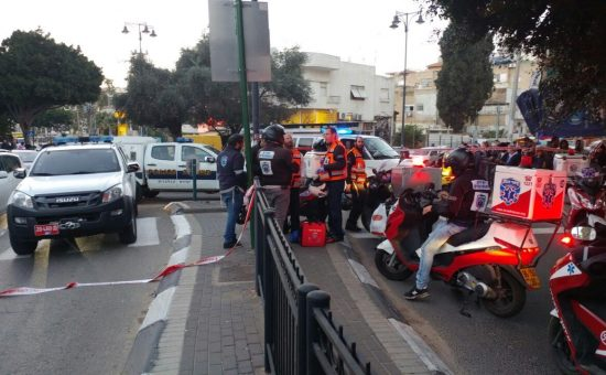פיגוע דקירה בפתח תקוה, צילום  יהודה רחמים, חדשות 24