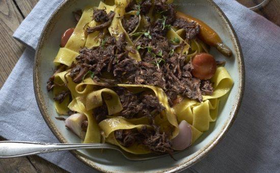 פפדרלה עם צלי בקר בבישול ארוך צילום אנטולי מיכאלו