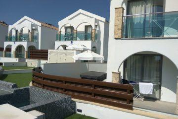 מלון הספא הכשר בלגונה הכחולה בקפריסין