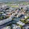 מהאוויר ומהקרקע: עיר בעוצר