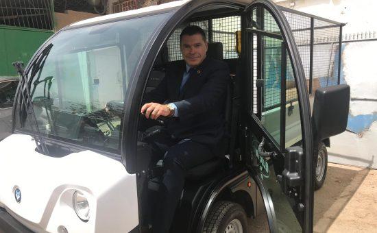 ראש העיר ברכב החדש