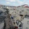 מחזה מטריד: הילד שמתרוצץ על גגות העיר ביתר