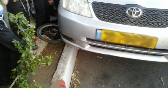 נס בבני ברק: הרכב העיף את רוכב האופניים והוא לא נפגע