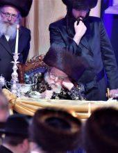 תיעוד ענק: תולדות אברהם יצחק בקערסטירר