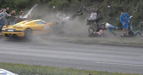 חסר מזל שכזה לא ראיתם: מיליונים צפו בתאונה בשידור חי