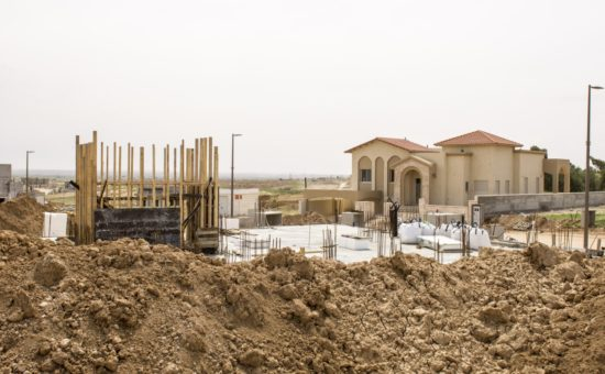 תנופת בנייה במיתר | צילום: חיים אוחיון