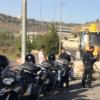 צעיר כבן 20 נעצר לאחר שנתפס נוהג במחפרון ללא רשיון נהיגה