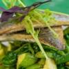 קליל וטעים: דג דניס בירקות ירוקים, שום ולימון