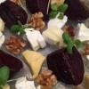 מתכון לסלט: סלקים, אגוזי מלך, רוקט וגבינות עיזים