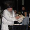 צפו בתיעוד: כפרות ו'לעקח' בחצר הקודש לעלוב