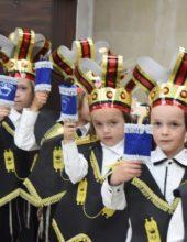 יבואו טהורים: חומש סעודה בתלמוד תורה 'דרכי אבות' צאנז ירושלים