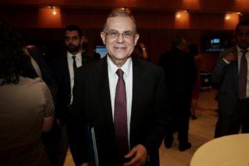 צפו: ראש ממשלת יוון לשעבר, נפגע ממטען שהתפוצץ ברכבו