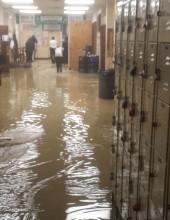 גשם בקיץ: היכל הישיבה בסאטמר הוצף