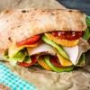 סנדוויץ' מושקע:כריך פסטרמה על גחלים